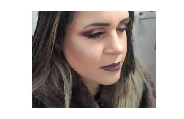 Maquiagem Completa Com Cílios Postiços Incluso!